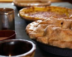 Watch a video of Northern Michigan local foods historian, excellent pie baker and owner of Leelanau's Hillside Homestead inn, Susan Odom, showing how to make perfect pie crust the old fashioned way. (Pie recipes at the bottom of the page!)