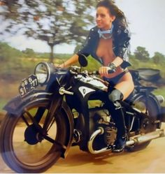 Motorbike Girl, Bobber Motorcycle, Bobber Chopper, Lady Biker, Biker Girl, Motard Sexy, Scooter Girl, Hot Bikes, Biker Chick