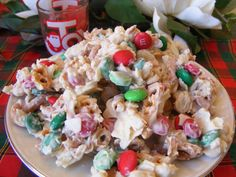 Christmas Bark Candy! Perfect for the holidays!!  Recipe: https://www.facebook.com/photo.php?fbid=10205398898991857&set=a.1209514197928.32833.1230907378&type=1&theater