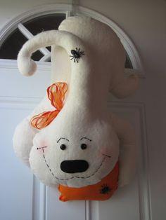 Halloween Ghost Door Hanger by 121FarmhouseKitchen on Etsy