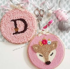 Hand Embroidery Stitches, Ribbon Embroidery, Embroidery Art, Embroidery Patterns, Punch Needle Patterns, Punch Art, Rug Hooking, Felt Crafts, Perler Beads