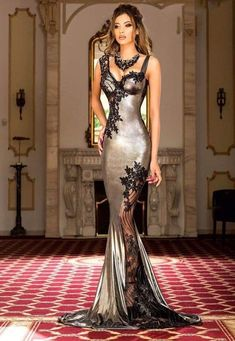40 Luxurious and Sexy Prom Dresses for Beautiful Ladies Fabulous Dresses, Stunning Dresses, Beautiful Gowns, Elegant Dresses, Pretty Dresses, Beautiful Outfits, Beautiful Ladies, Beautiful Gorgeous, Satin Dresses