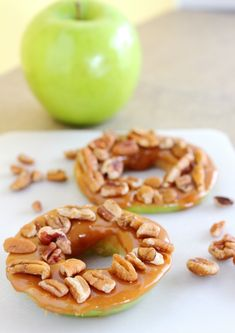 Caramel Apple Pecan Rings - all the tastiness of a caramel apple without the mess!