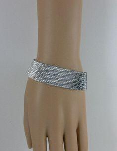 Peyote bracelet, seed beads bracelet, peyote bead bracelet, flat peyote bracelet, black and silver seed beads bracelet Bead Loom Bracelets, Peyote Beading, Beaded Bracelet Patterns, Jewelry Patterns, Beadwork, Bead Patterns, Seed Bead Jewelry, Bead Earrings, Beaded Bracelets