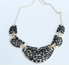 Wholesale Vintage Leopard Pattern Pendant Necklace For Women