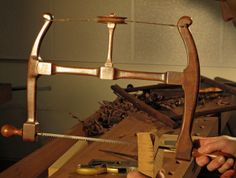The Woodwright's School - Howarth Bow Saw with Bill Anderson