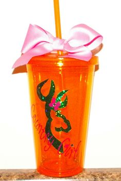 Country Girl 16 oz Tumbler Cups.  Acrylic Tumblers are double wall insulated with matching Straws and Bows. Tumblers can be used for cold drinks and hot drinks and fit any standard cup holder. All tumblers are custom made and there are many variations so please contact me for more info. Hand wash only.