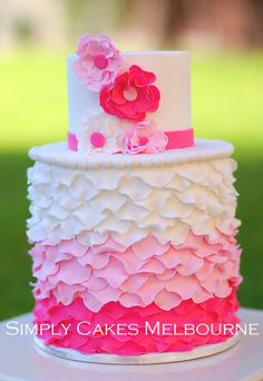 Simply Cakes Melbourne: Ombre Ruffle cake
