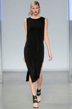 Helmut Lang Spring 2014 RTW - Review - Fashion Week - Runway, Fashion Shows and Collections - Vogue