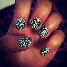 Did me nails :)
