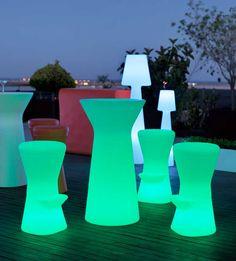 Mesa con luz de LED para exteriores 110cm