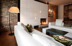 33 Real Life Examples of Using Modern Fireplaces in Home Decorating