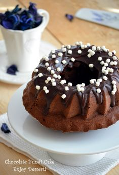 Sweets Recipes, Desserts, Breakfast Dessert, Breakfast Ideas, Chocolate Bundt Cake, Homemade Chocolate, Sweet Bread, Baked Goods, Food And Drink