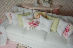 Shabby Chic Dollhouse Originals Sofa White Wrinkle Slipcover With Ballet Rose Accent Pillows