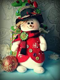 Resultado de imagen para el tamborilero muñeco de navidad Crochet Snowman, Felt Snowman, Christmas Crafts, Christmas Decorations, Christmas Ornaments, Holiday Decor, Decor Crafts, Diy And Crafts, Bird Houses Painted