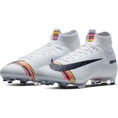 The new Nike Mercurial Superfly Level Up is commemorating speed throughout the years. Featuring a combination of designs from the previous 21 years of Mercurial, the L. Best Soccer Cleats, Girls Soccer Cleats, Nike Soccer Shoes, Soccer Pro, Soccer Boots, Funny Soccer, Girls Football Boots, Football Shoes, Football Cleats