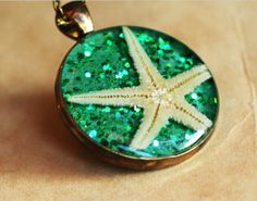 Glitter, a starfish and magic green