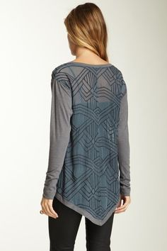 Language Silk-Embroidered Hi-Lo Top beautiful and stylish!! Great for a casual day or a night out!