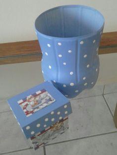 Para o bebê Nicolas, reciclagem Pet e MDF porta chupeta