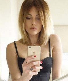 Long blonde bob ombré
