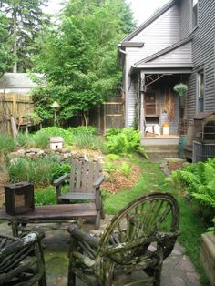 side garden with country accents