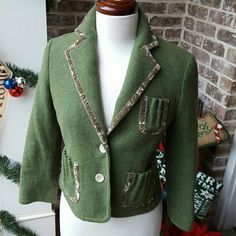 J. Crew Green Blazer This blazer is so cute!!! Excellent condition. J. Crew Jackets & Coats Blazers