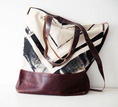 Schultertasche Leder und Siebdruck von miau - design      auf DaWanda.com