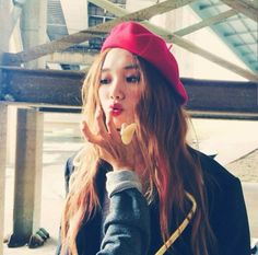 lee sung kyung, hair, and model image Korean Actresses, Actors & Actresses, Lee Sung Kyung Fashion, Korean Girl, Asian Girl, Weightlifting Fairy Kim Bok Joo, Korean Aesthetic, Lee Jong, Korean Model
