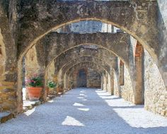 Mission San Jose, San Antonio, TX is thought to be great place to locate your Quinceanera with the authentic Spanish scenery. Also, the stonewalls and much more.