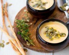 Velouté de potiron Croq'Kilos à la Vache qui rit light® : http://www.fourchette-et-bikini.fr/recettes/recettes-minceur/veloute-de-potiron-croqkilos-la-vache-qui-rit-lightr.html