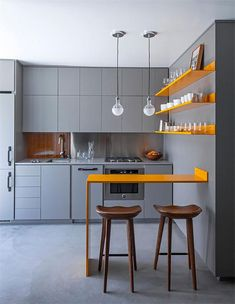 Small Kitchen Designs small kitchen design los angeles - If your small kitchen is already groaning with shelves, racks and appliances, these solutions will help you maximize your tiny kitchen space. Use every nook and cranny. If your space is tight, it's… Simple Kitchen Design, Best Kitchen Designs, Interior Design Kitchen, Kitchen Ideas, Kitchen Small, Kitchen Decor, Kitchen Pictures, Micro Kitchen, Kitchen Yellow