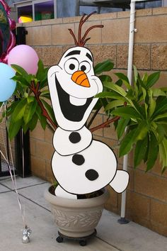 Frozen Birthday Party Ideas | Photo 1 of 21