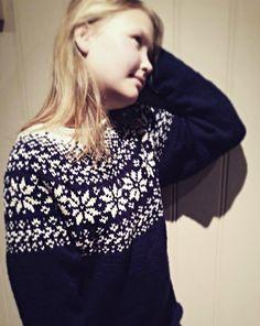 cbfa5cd129 De 43 beste bildene for Lusekofte - Norwegian Wool Cardigans ...