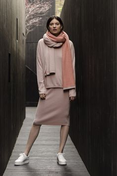 Penelope Cashmere Jumper and Plato Cashmere skirt | Autumn style | Les 100 Ciels