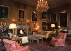 Syon House and its 200 acre park is the London h. Syon House and its 200 acre park is the London home of the Duke of - Stuart House, Belton House, English Country Decor, Classic Living Room, Minimalist Room, Classic Interior, Historic Homes, Living Room Designs, Living Rooms
