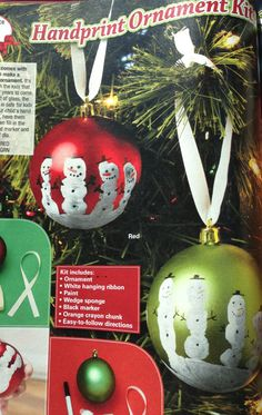 Love these! Handprint snowmen on plain ball ornaments. Super easy & thrifty.