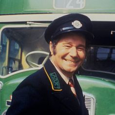 "Reginald Alfred ""Reg"" Varney July 1916 – 16 November was an English actor, notable for his role as Stan Butler in the TV sitcom On the Buses. British Tv Comedies, British Comedy, Great Comedies, Classic Comedies, Kenneth Williams, Vintage Tv, Vintage Stuff, Thanks For The Memories, Comedy Tv"