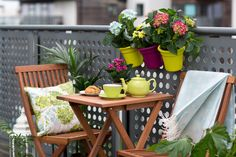 So many people fail to maximize the potential of their balcony space. With the addition of a few key elements it can be transformed into one of the most delightful spaces in your home. Diy Supplies, Outdoor Entertaining, New Furniture, Garden Projects, Some Fun, Balcony, Outdoor Living, Living Spaces, Planter Pots
