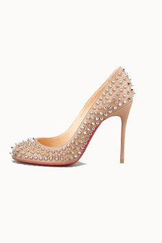 Tendencias: Los zapatos más rompedores de 2013 Salón decorado con tachuelas, de Christian Louboutin