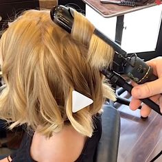 Tips For Marcel Waves On Bobs Lobs Behindthechair Com - Marcel Waves Short Haired Tips Fast Styling Videos Are Your Waves Falling Flat On Shorter Haired Clients Give Those Bobs And Lobs A Little Tlc By Using A Marcel Iron To Create Naturally Tex Medium Hair Styles, Short Hair Styles, How To Style Short Hair, Short Hair Tips, Bob Hairstyles How To Style, How To Style Hair, Styling Short Hair Bob, Loose Curls Medium Length Hair, Easy Mom Hairstyles