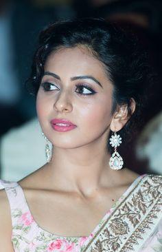 Rakul Preet Photos In White Saree - Rakul Preet Singh