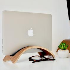 Woodmade Walnut MacBook Pro Arc Stand