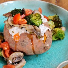 Roasted sweet potato with rosemary brazil nut cheese, sautéed mushrooms & broccoli florets