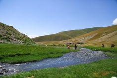 Kirgizisztán - Ázsia Svájca - Világutazó