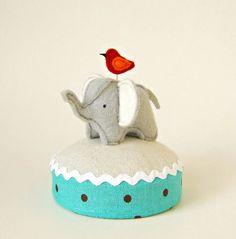 Elephant pincushion. Painfully adorable.
