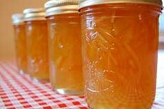 Homemade Easy Orange Marmalade 1 orange* 1 Tbsp. water 1/2 cup sugar Cut the un-peeled orange and place it into a blender or food processor with the water. Pour the mixture into a saucepan with the sugar and boil for 15 minutes. *If you use a non-organic orange, wash it thoroughly. From the Dining On A Dime Cookbook. For more quick and easy recipes your family will love, check out Dining On A Dime here!
