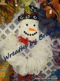 Burlap and mesh snowman door hanger.