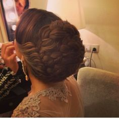 تسريحة شعر عروس