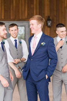 Stand out by wearing a necktie in a different color than your groomsmen. Navy Blue Wedding Theme, Blue Tuxedo Wedding, Blue And Blush Wedding, Wedding Suits, Wedding Tuxedos, Blush Pink Weddings, Romantic Weddings, Blush Groomsmen, Groomsmen Attire Navy