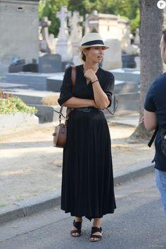 Alexandra Golovanofflors des Obsèques de Sonia Rykiel au cimetière…